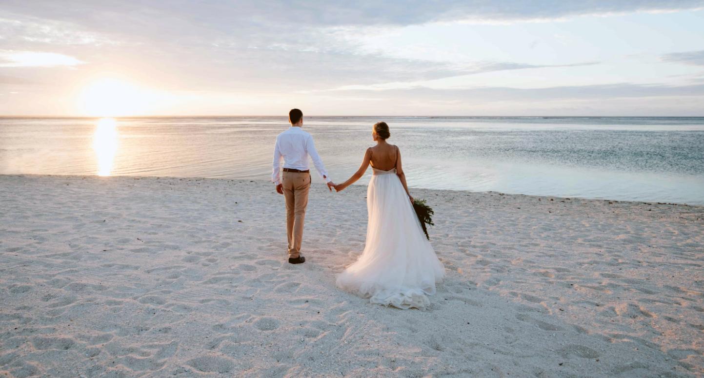 wedding sunset beach sand